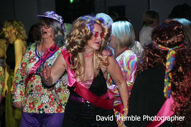 club 80s tribute night